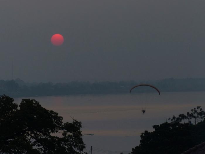 Mekong sunset  parasail