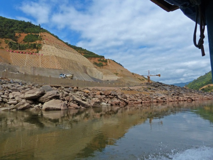 Building a Dam on the Nam Ou