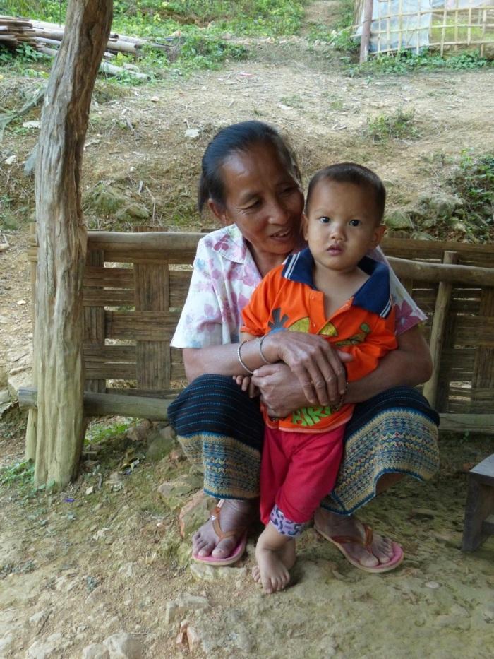 Woman and child Hat Sa