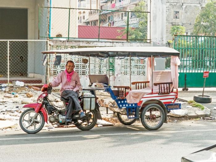 Tuk Tuk in Phom Penh