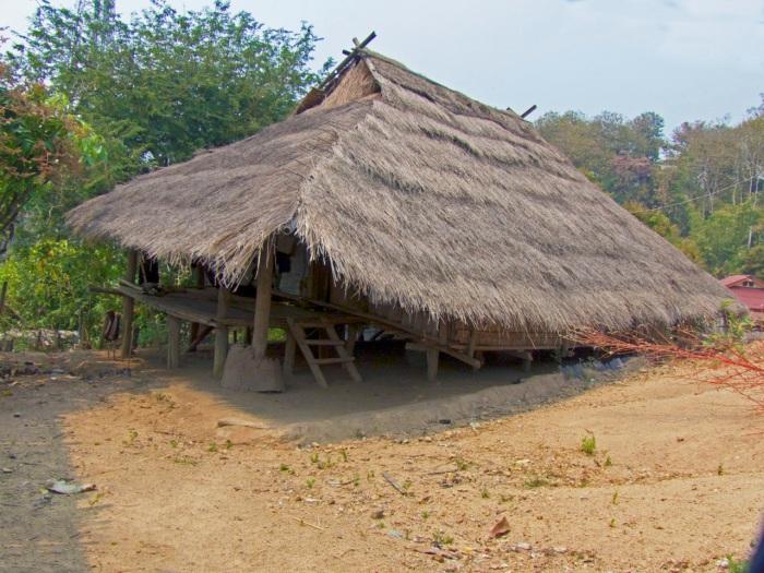 Ahka hut